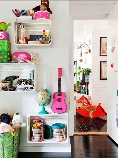 bureau pour bebe 1001 idées pour fabriquer une étagère en cagette soi même