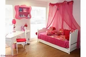 Deco Chambre Fille Princesse : une chambre de princesse ~ Teatrodelosmanantiales.com Idées de Décoration
