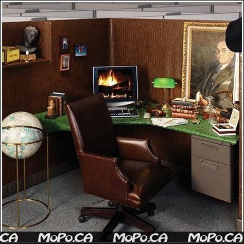 desk decorations for guys 64 best cubicle decor images on pinterest bedrooms