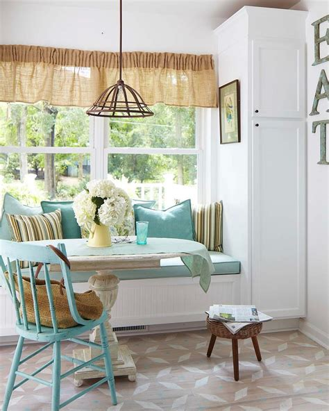 Kitchen Window Seat Ideas by Kitchens With Window Seats 10 Trendy Ideas For A Cozier Home