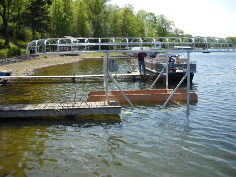 Shore Mate Boat Lifts by Beague Guide To Get Pontoon Boat Lifts