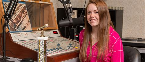 esu insider esu senior wins broadcasting award