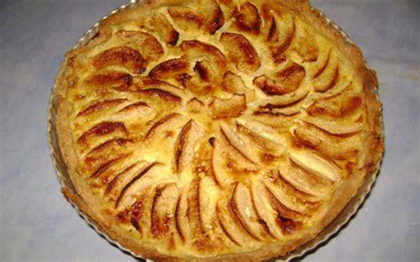 cuisine tarte aux pommes recette tarte aux pommes façon normande pas chère et