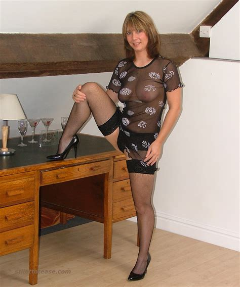 Sexy Milf Carole S High Heels Will Cause Your Shoe Fetish To Go On The Rise Again With Great