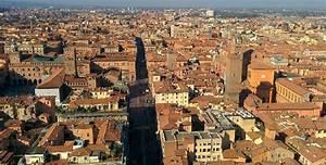La via Emiliada Modena a Bologna