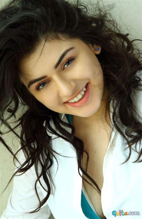 actress photo gallery hansika hot   images