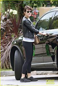 Emma Stone Runs Some Errands on Mother's Day Weekend ...