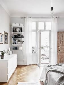 Kommode Vor Bett : die 25 besten ideen zu gardinen ikea auf pinterest ikea vorhang gardinen und blindvorh nge ~ Sanjose-hotels-ca.com Haus und Dekorationen