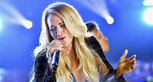 Carrie Underwood Triumphs in the Spotlight for 'Cry Pretty ...
