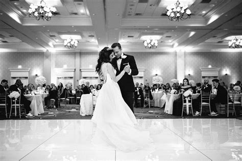 Black and White Romantic Bride and Groom First Dance