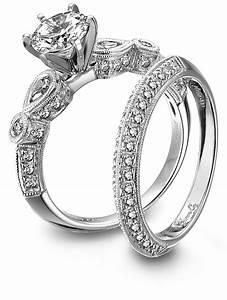 Diamond And Platinum Engagement Ring And Wedding Band Set