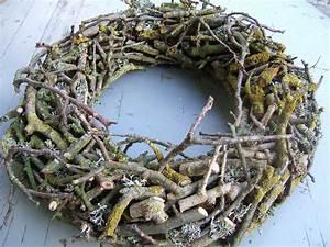Kränze Binden Aus ästen : kr nze aus sten google suche holz weihnachten ~ Lizthompson.info Haus und Dekorationen