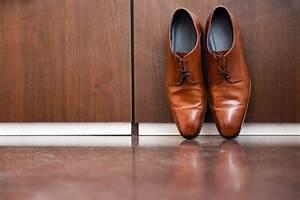 Comment Nettoyer Des Chaussures En Nubuck : nettoyer chaussures cuir alcool ~ Melissatoandfro.com Idées de Décoration
