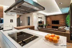 A royal approach to green kitchens and cabinets ecofriend for Green kitchen cabinets for eco friendly homeowners