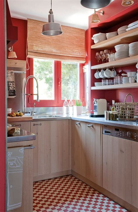 kitchen cabinets colours 2933 best kitchen for small spaces images on 2933