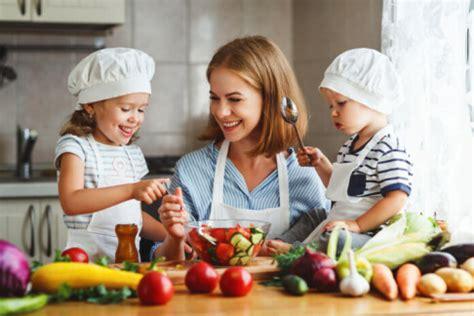 3 mazulim piemērotas vakariņu receptes. Iesaka blogere ...