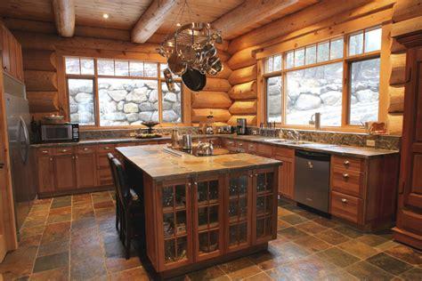 cuisine maison bois cuisine rustique dans une maison de bois rond harkins