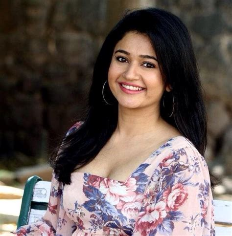 Ba Wallpapers Latest South Indian Actress Wallpaper, South