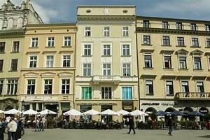 Venetian House Aparthotel (Krakow, Poland)