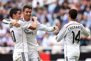 Cristiano Ronaldo and Chicharito Hernandez Photos Photos ...