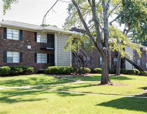 Apartment For Sale Ga by 1988 Plaza Ln Sw Atlanta Ga 30311 Apartments Property