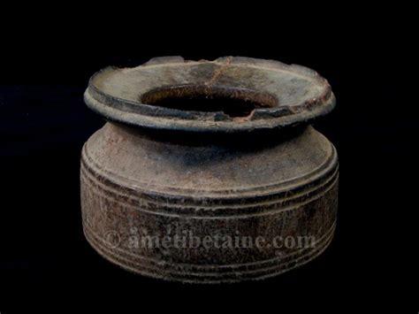 pot14 petit pot 224 lait ancien artisans du nepal yak region himalayenne