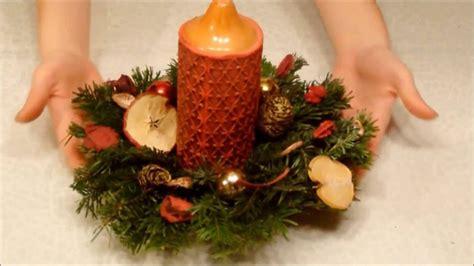 weihnachtsgestecke aus naturmaterialien weihnachtsgestecke selber basteln
