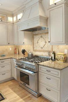 timberlake andover nutmeg cabinets santa cecilia granite