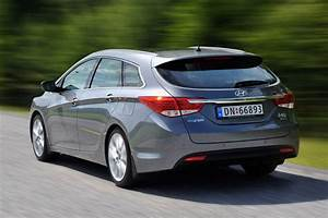 Hyundai I40 Sw : hyundai i40 wagon prova scheda tecnica opinioni e dimensioni 1 7 crdi 136 cv style ~ Medecine-chirurgie-esthetiques.com Avis de Voitures