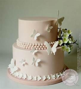 piece montee fleurs et papillons from gateaux sur mesure With chambre bébé design avec fleurs en pate à sucre