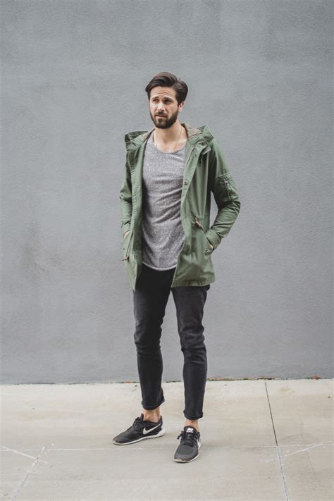 Gray Jeans outfit 6 Easy Stylish Examples