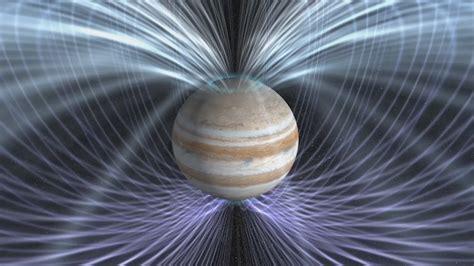 News  Nasa's Juno Peers Inside A Giant