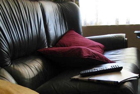 comment entretenir un canapé en cuir comment entretenir un canape en cuir 28 images comment