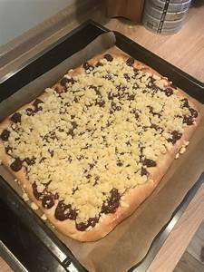 Käse Kirsch Kuchen Blech : saftiger kirsch streusel kuchen vom blech von ~ Lizthompson.info Haus und Dekorationen