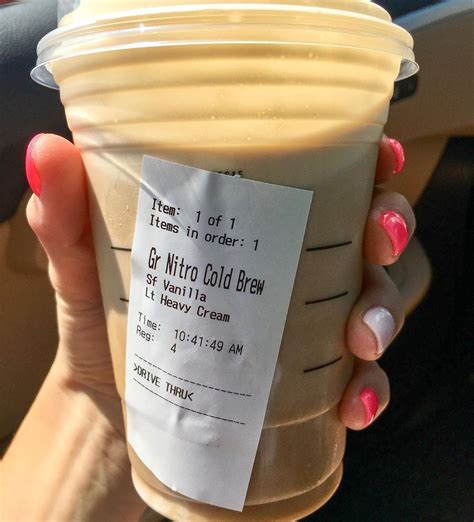 A swirl of rich condensed milk, and a hint of mint gives you a taste of ultimate refreshment with this vietnamese iced coffee recipe. Keto Starbucks, keto coffee | Nitro cold brew, Starbucks drinks recipes, Secret starbucks drinks