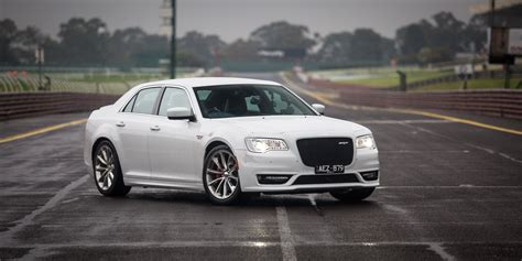 2015 chrysler 300 srt review caradvice