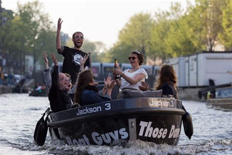 The Boat Guys Amsterdam by Activiteit In Amsterdam Those Dam Boat Guys
