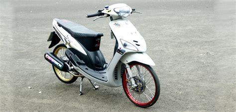 Modifikasi Mio Sporty Tahun 2008 by Modifikasi Yamaha Mio Sporty 2008 Modifikasi Motor