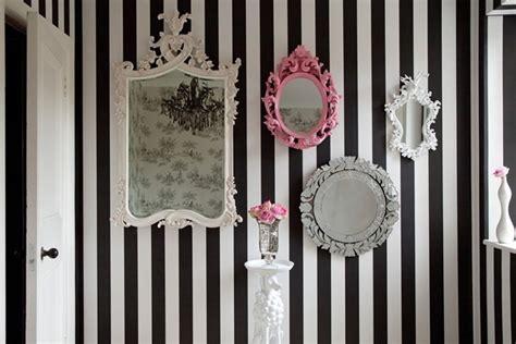 specchi per arredamento arredare con gli specchi idee da copiare velvet