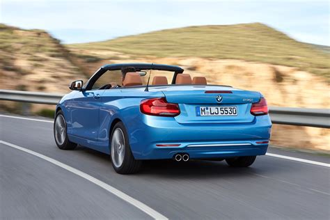 Bmw 2 Series Coupe by World Premiere Bmw 2 Series Coupe And Convertible Facelift