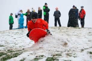 snow blankets kirkland  closes schools  power
