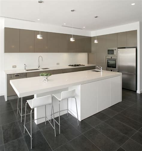 kitchen middle island 17 best ideas about island bench on 2301