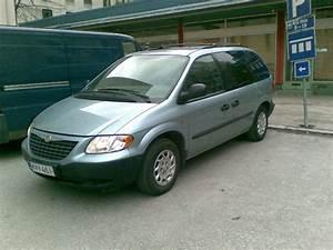 2002 Chrysler Voyager - User Reviews