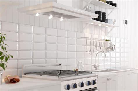 white kitchen with white tiles фаянс за кухня metro white плочки за кухня metro white 1845