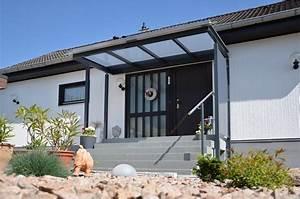 Windfang Hauseingang Aus Glas : vordach ber eingang lackierte stahlkonstruktion mit glasauflage medam gmbh ~ Markanthonyermac.com Haus und Dekorationen