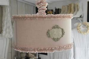 Création Abat Jour : la suspension cylindrique s 39 habille en rose le grenier d 39 alice le grenier d 39 alice ~ Melissatoandfro.com Idées de Décoration