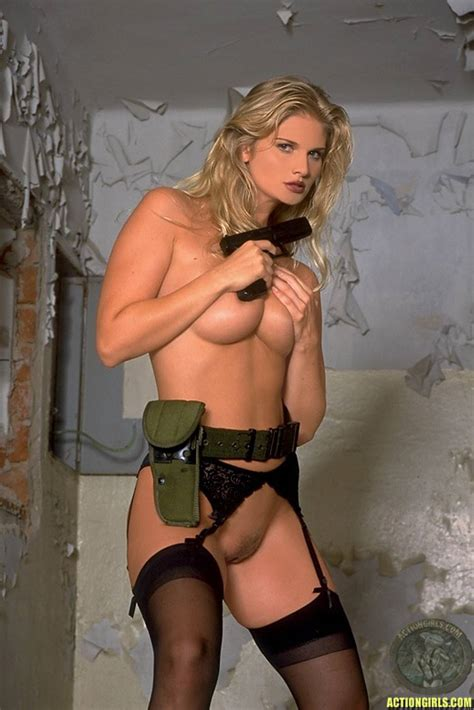 Girls With Guns Pistol Packing Pussies Sorted By Position Luscious