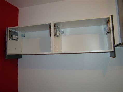 hauteur meuble haut cuisine systeme fixation meuble haut cuisine cobtsa com