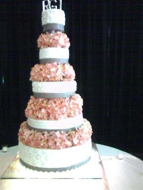 Big cake - cake by mayferd - CakesDecor