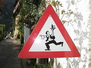 10, Unusual, Street, Signs